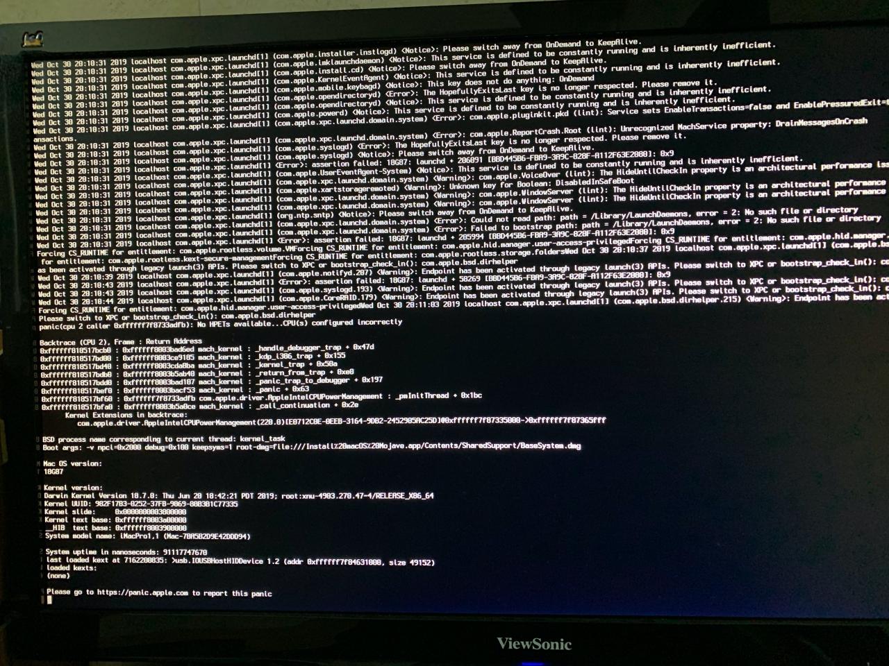没有修改机型或添加AppleMCEReporterDisabler.kext发生的内核奔溃.jpg